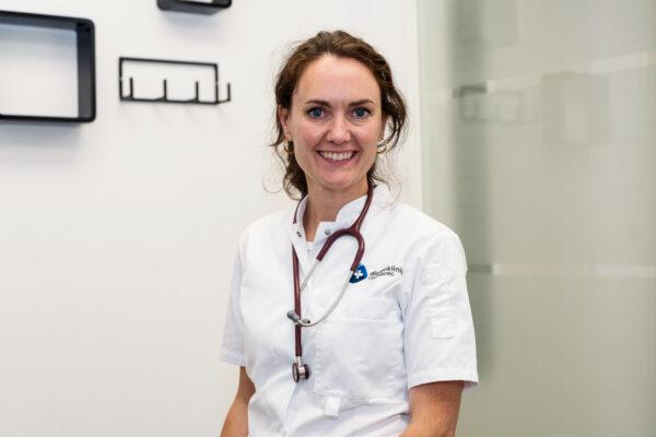 Drs. Eileen E. Griffith Dierenarts / Eigenaar Dierenkliniek Culemborg